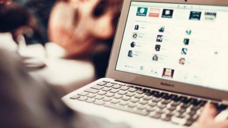 Entstehung von Internet und Technologie